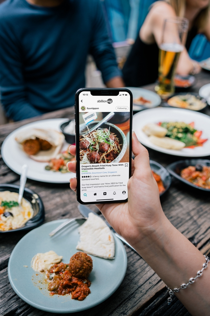 review of food on phone